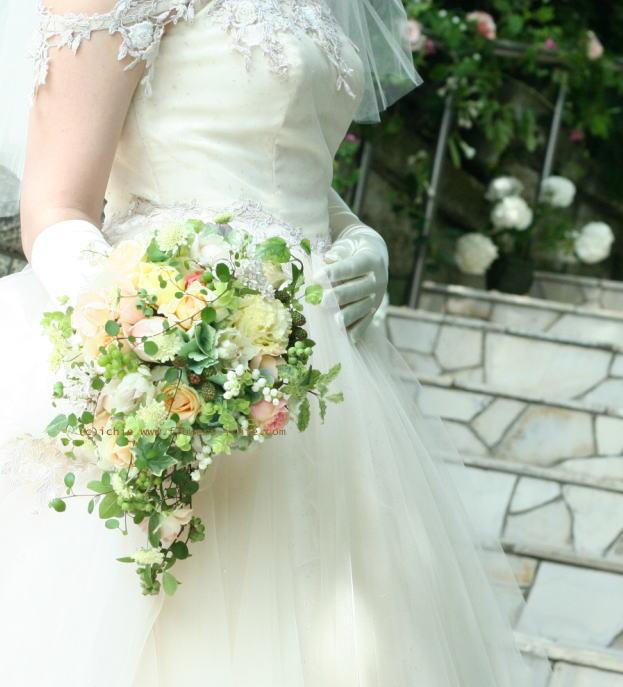 6月の花嫁  ラビュットボワゼ様の装花_a0042928_23565581.jpg