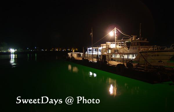 夜の港_e0046675_16164550.jpg
