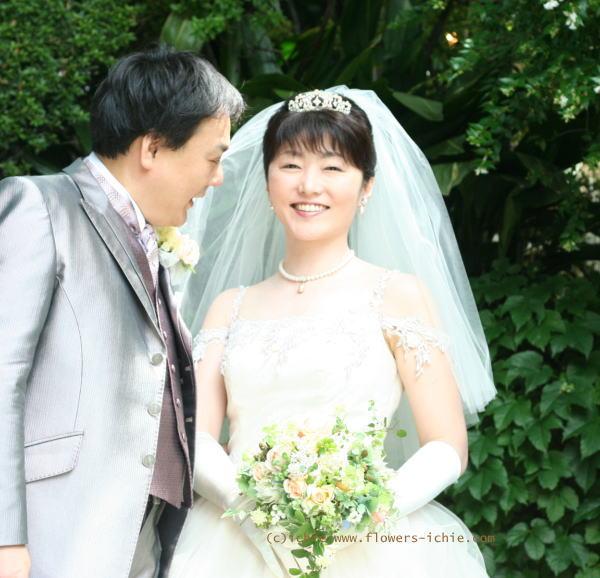 6月の花嫁  ラビュットボワゼ様の装花_a0042928_053318.jpg