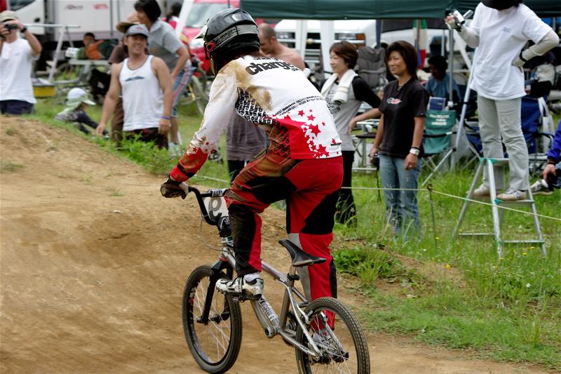 2008JOSF緑山6月定期戦VOL5:BMXエキスパートクラス予選_b0065730_2048939.jpg