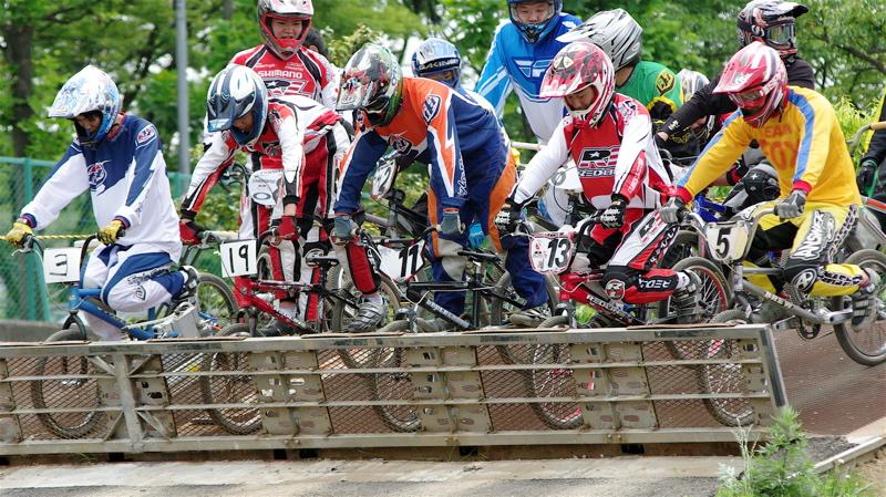 2008JOSF緑山6月定期戦VOL5:BMXエキスパートクラス予選_b0065730_213390.jpg