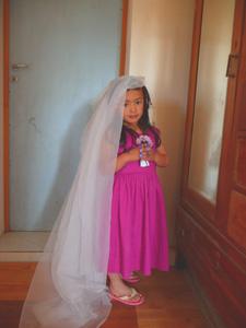 夢はお嫁さん・・・らしいです_f0106597_0304946.jpg