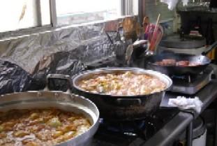恒例の「食」のボランティア♪_e0025817_2033712.jpg