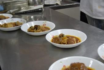 恒例の「食」のボランティア♪_e0025817_20593737.jpg