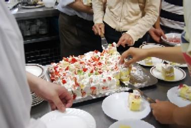 恒例の「食」のボランティア♪_e0025817_21291123.jpg