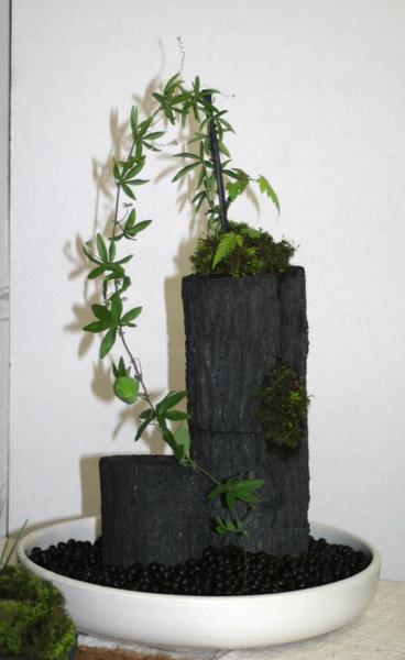 炭の芸術展示品_e0122208_8265347.jpg