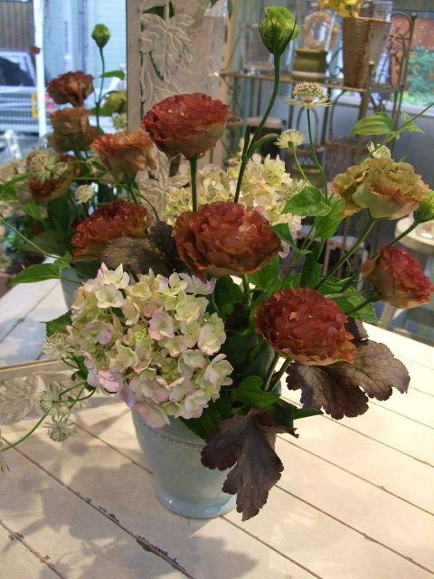 オークリーフ花の教室(梅雨の季節に)_f0049672_1844719.jpg
