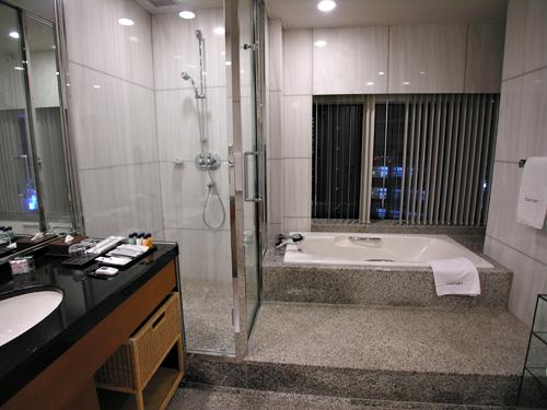 小田急ホテルセンチュリーサザンタワー_d0150915_14172498.jpg