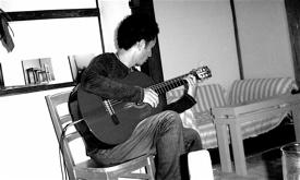 中西文彦ソロ・ギター@シママ・カフェ_c0114339_21361562.jpg