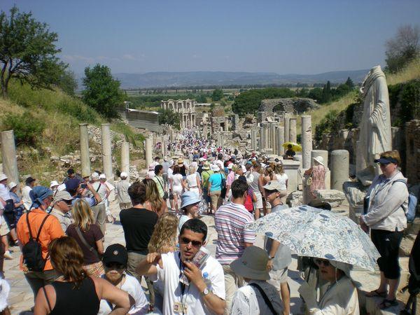 6月24日(水)トルコ旅行③・・・イズミール~エフェソス~パムッカレ_f0060461_23343779.jpg
