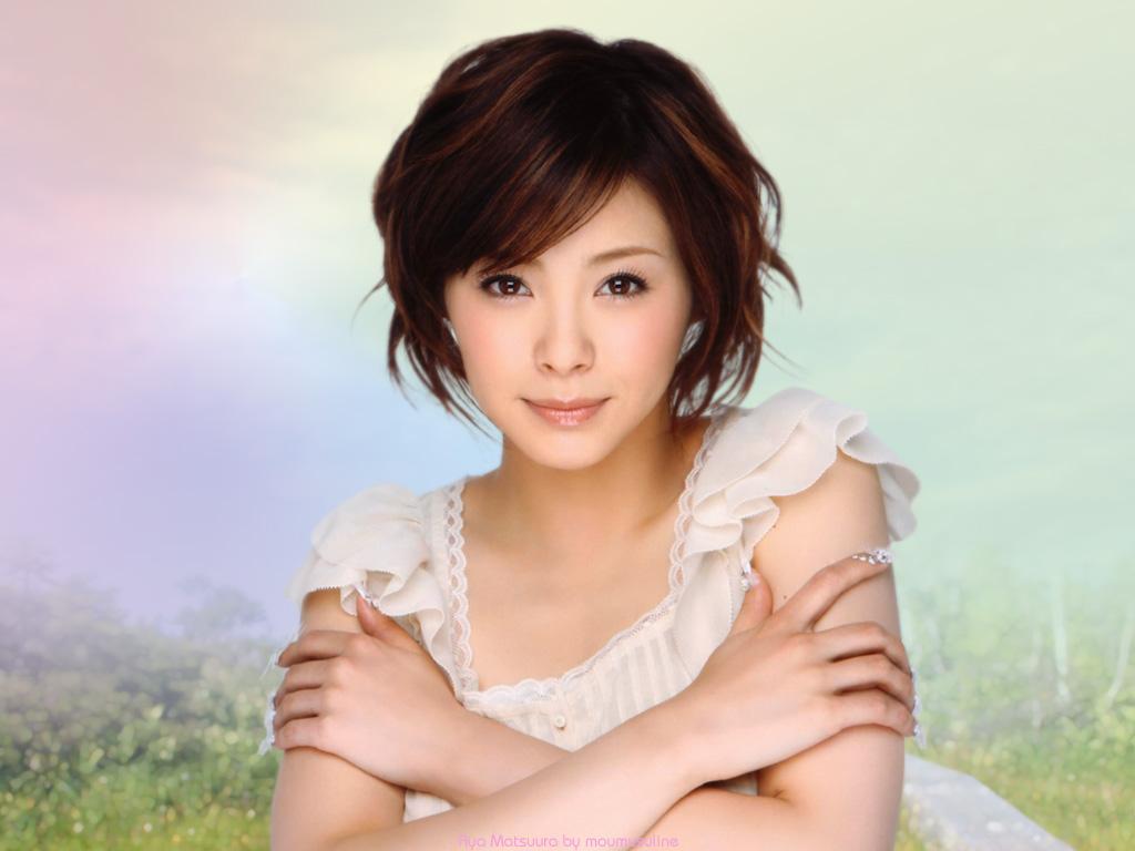あやや22歳 しっとり大人女の色気が香る歳頃 松浦亜弥ちゃんの壁紙