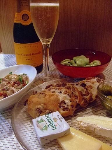 6月24日(火)広島産牡蠣のオイル漬け+ドライチェリートマトのマリネ_b0127948_1329786.jpg