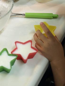 子どもと作るカレーライス&ヨーグルトゼリー♪_d0128268_1201257.jpg