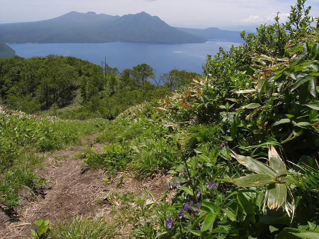 6月25日、紋別岳頂上にもサミット警備_f0138096_15553051.jpg