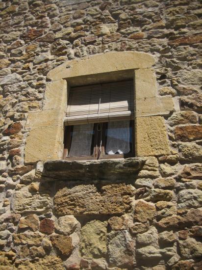 Palsの村で 4  窓いろいろ_b0064411_19524454.jpg