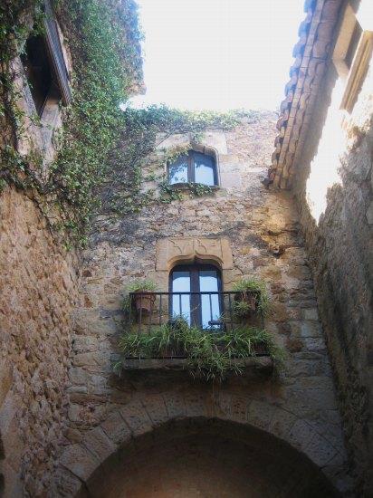 Palsの村で 4  窓いろいろ_b0064411_19581857.jpg