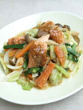 ごはんによく合う魚のおかず♪鮭と野菜のみそ炒め_d0128268_19541347.jpg