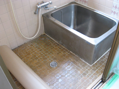 浴室用パネル_b0078597_2371967.jpg