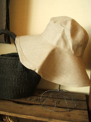 linen hat_c0118809_1617897.jpg