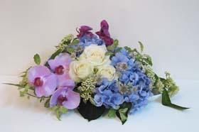 紫陽花と胡蝶蘭のアレンジ_f0134809_4113575.jpg