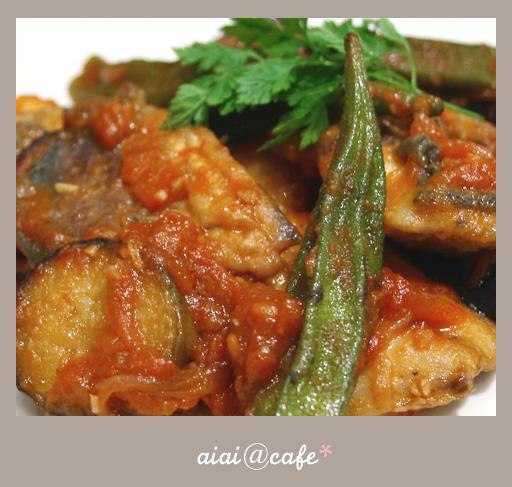 アジと夏野菜のトマト煮_a0056451_12474891.jpg