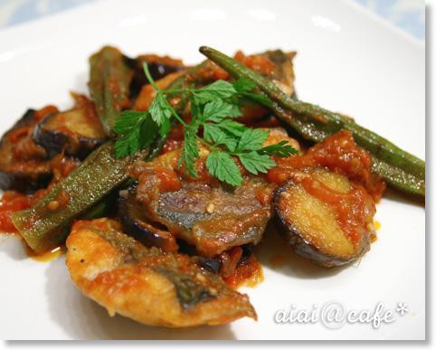 アジと夏野菜のトマト煮_a0056451_12485044.jpg