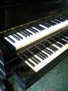 ピアノ倉庫にて_f0124083_20334187.jpg