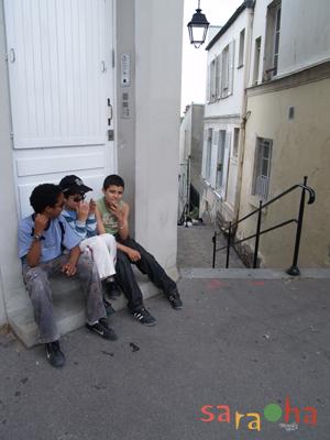 階段小路の子供たち_f0050806_502618.jpg