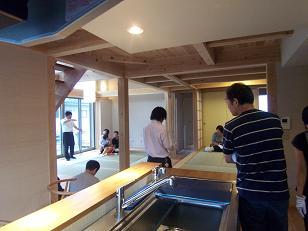 梅雨の完成住宅見学会_c0084368_1151413.jpg