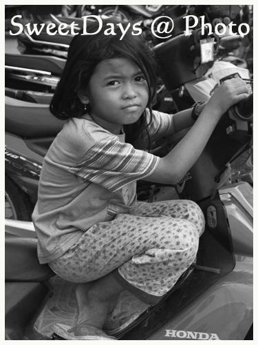 カンボジア、瞳の輝き②_e0046675_23334966.jpg