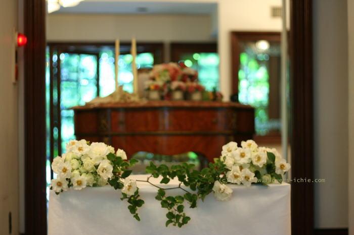 シェ松尾松濤レストラン様の装花 6月に 結婚式の花_a0042928_2145988.jpg