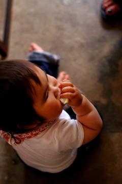 赤ちゃんとsajilo !_b0140723_3313996.jpg