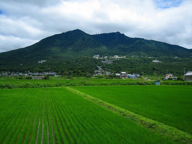梅雨空と筑波山_b0100229_11591354.jpg