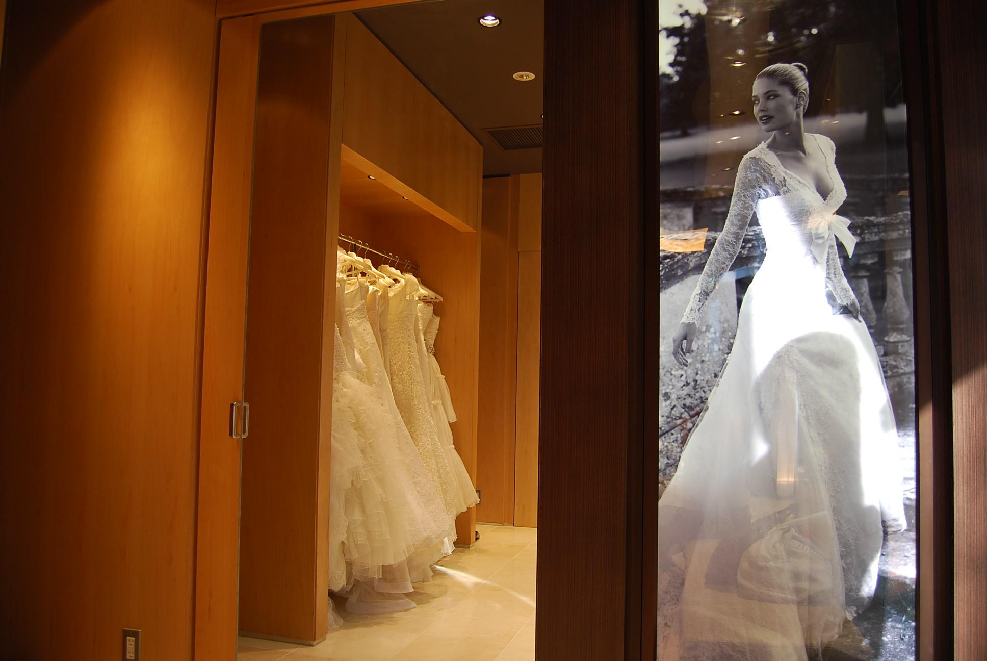 ドレス選び 続き_e0142956_13585128.jpg