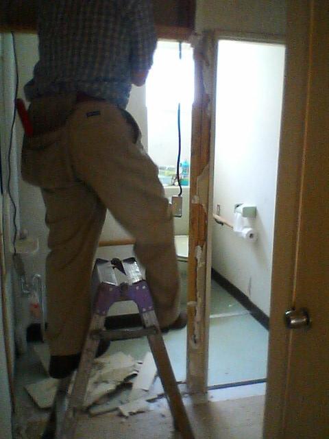 トイレ改修工事_b0106766_17234880.jpg