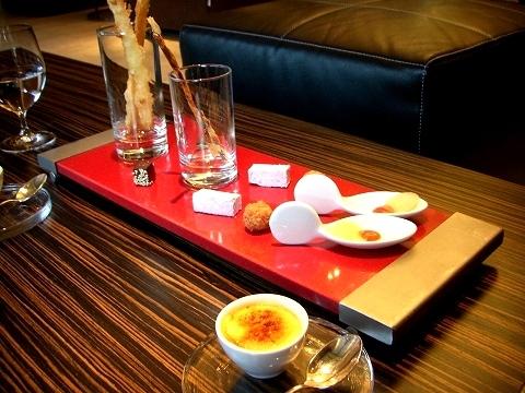 日本橋 「レストラン サン パウ」 でランチ (後編)_a0039199_239947.jpg