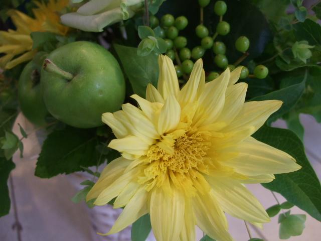 オークリーフ花の教室(山田さんの作品)_f0049672_14252145.jpg