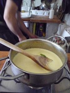 卵たっぷりクリーム味の手作りジェラート_f0106597_21435283.jpg