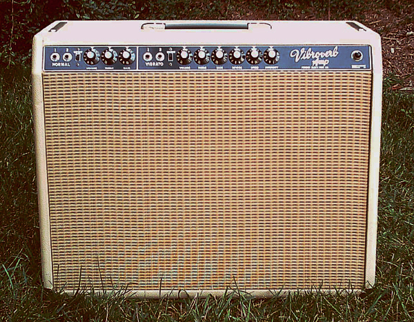 Old FenderのHeadをバラしConversionさせたAmp。_e0053731_181053.jpg
