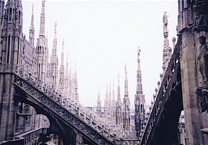 昔撮った写真 イタリア no1 関空-ミラノ-ヴェローナ-べネチア_f0165030_8281865.jpg