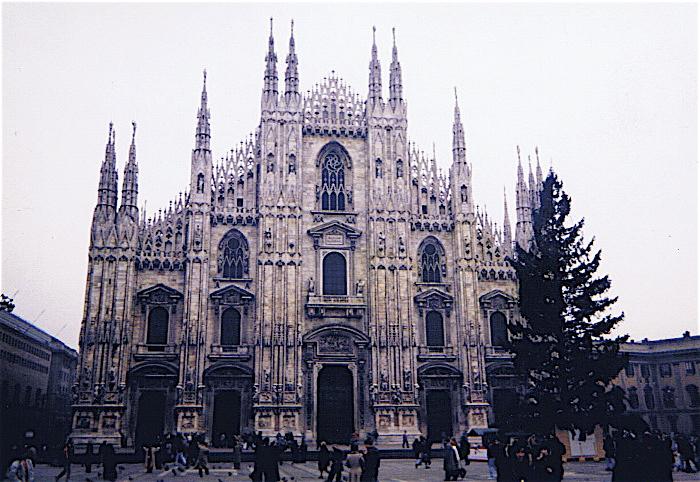 昔撮った写真 イタリア no1 関空-ミラノ-ヴェローナ-べネチア_f0165030_828216.jpg