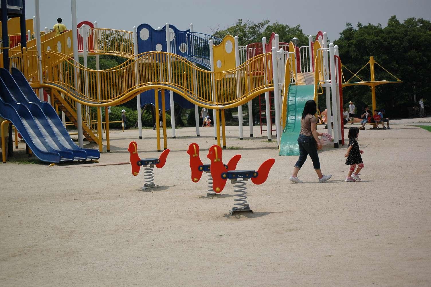 暑すぎる緑地公園で_b0069128_1662897.jpg