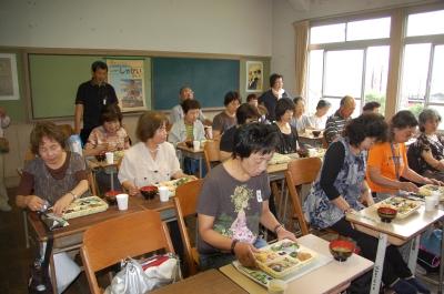 H20年7月度「大人の林間学校」:水産技術センター見学_c0108460_1856579.jpg