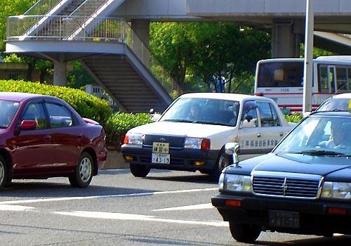 学校 早稲田 自動車