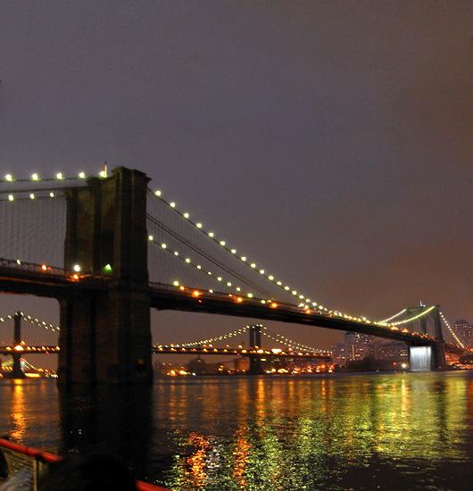ニューヨークの港に巨大な滝のアート出現 New York City Waterfalls_b0007805_1018245.jpg