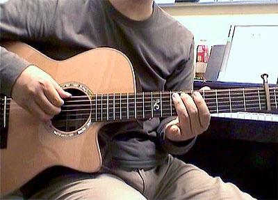 コントロールしやすいギターとは?_c0137404_1161668.jpg