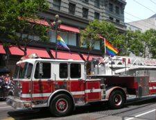 Gay Pride Parade  ゲイパレード_c0097611_14491215.jpg