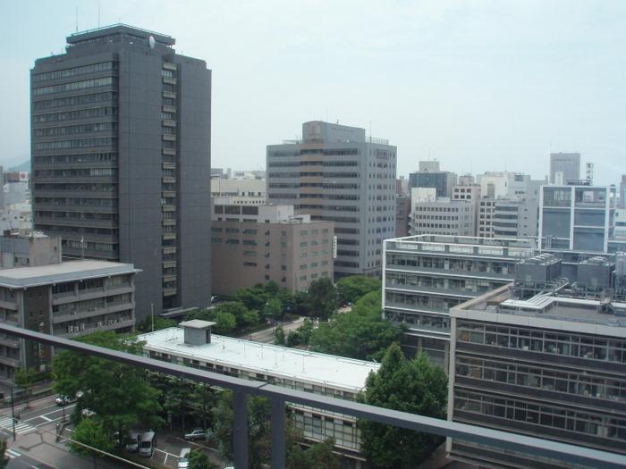 病院からの眺め。。(広島市内中心部)_c0116915_1822654.jpg