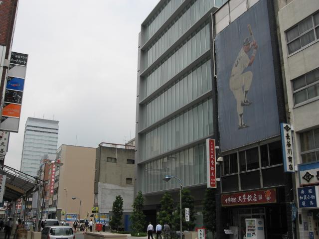 名古屋新築オフィスビル空室率50%_f0016320_11124899.jpg