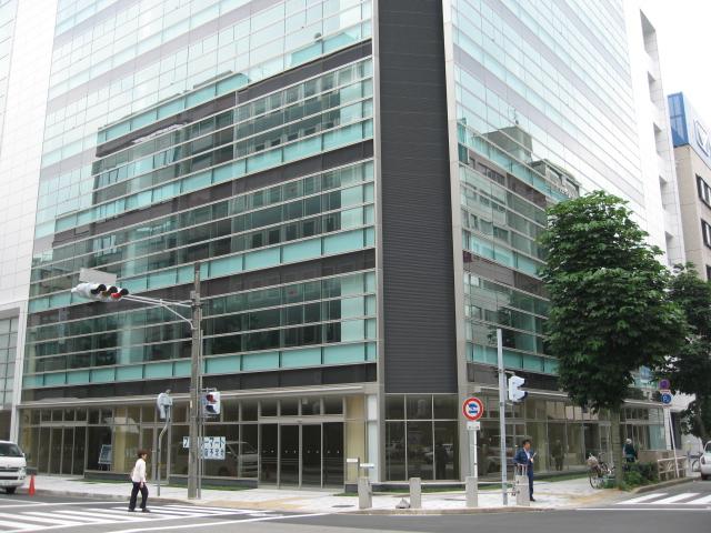名古屋新築オフィスビル空室率50%_f0016320_11161744.jpg
